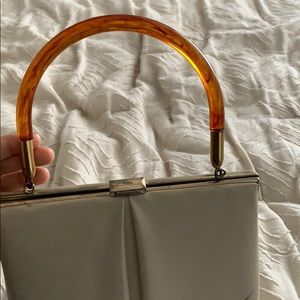 Vintage leather purse with lucite handle (40s)